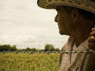cargill-farmer-barbed-wire